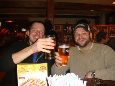 Justin und ich in der Amerikanskii Bar in Moskau - Russland