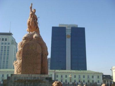 Ulaanbaatar - Mongolei - Statue General Suchbaatar