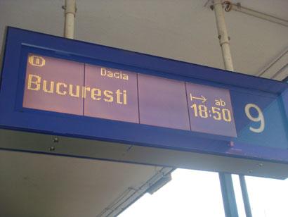 Wien Westbahnhof - Anzeige Dacia Bucuresti