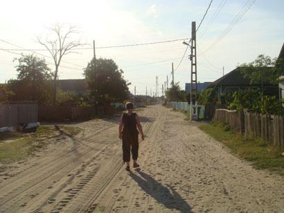 Sandstraße in Sfantu Gheorghe im Donaudelta - Rumänien