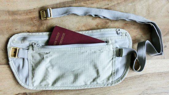 Bauchtasche als Geldversteck auf Reisen