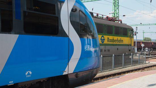 ÖBB S-Bahn und Raaberbahn Nahverkehrszug