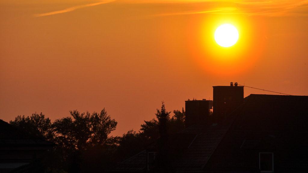 Von Sommerzeit auf Winterzeit - und umgekehrt - wird im Herbst und Frühling umgestellt.