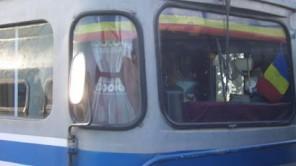 Gemütlich eingerichteter Führerstand einer Lokomotive in Rumänien