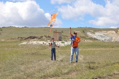 Drachen steigen lassen in Sibirien