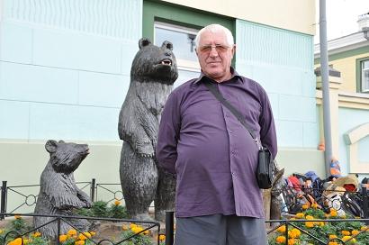 Anatolio und Bären in Ulan-Ude