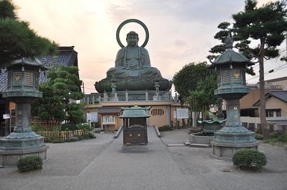 Buddha-Statue - Daibutsu in Takaoka