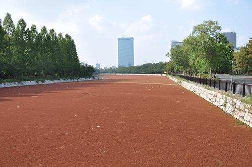 Wassergraben in Osaka