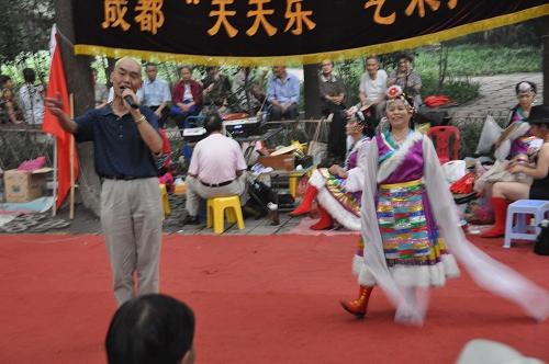 Tänzer im Volkspark in Chengdu