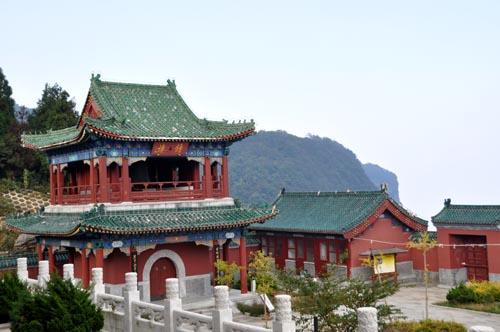 Tianmen-Tempel am Tianmen Shan in Zhangjiajie