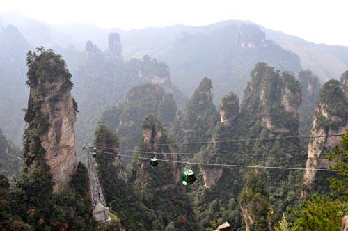 Bild: Seilbahn auf den Huangshizhai im Zhangjiajie Nationalpark