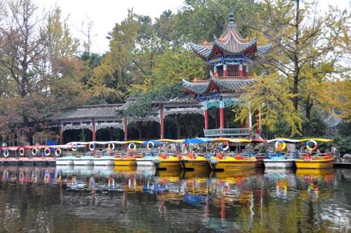 Kunming - Park rund um den Grüne Jade See