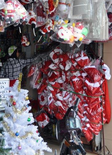 Bild: Geschäft mit Weihnachtsartikel in Nha Trang - Vietnam