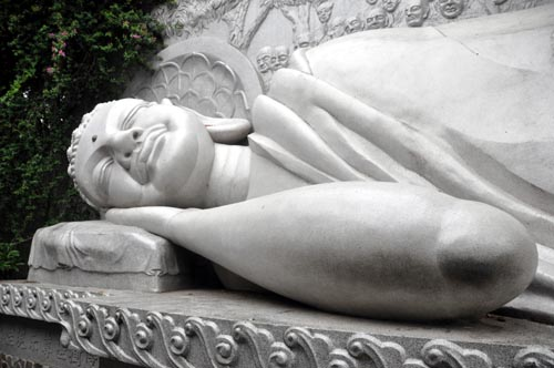 Bild: Schlafender Buddha in Nha Trang