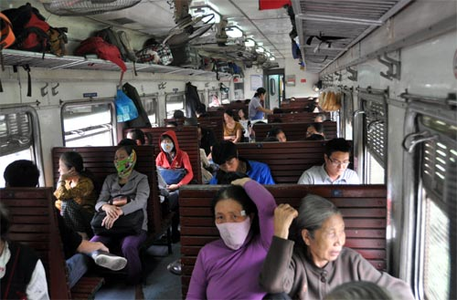 Bild: Hard-Seater Waggon in Vietnam