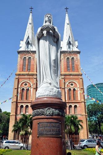Bild: Kathedrale Notre Dame in Ho-Chi-Minh-Stadt