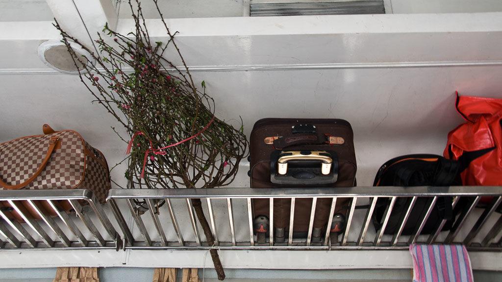 Gepäck in einem Zug in Vietnam