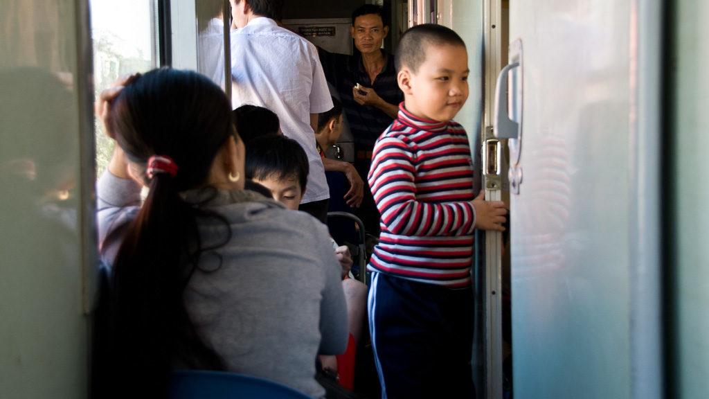 Überfüllter Zug in Vietnam während des Tet-Fests