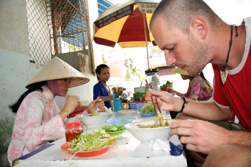 Bild: Pho Straßenküche in Vietnam
