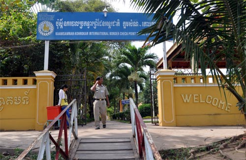 Bild: Grenze Kambodscha am Mekong (Bassac)