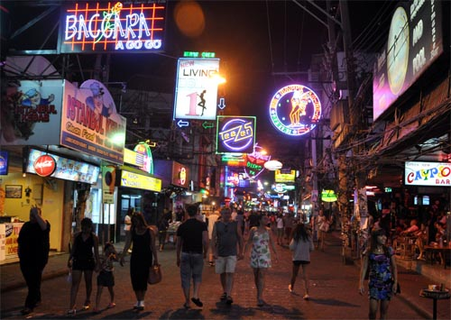 Bild: Walking Street in Pattaya