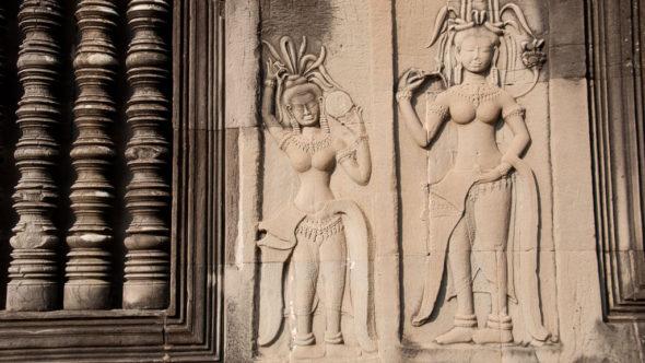 Angkor Wat: Apsara Tänzerinnen als Relief