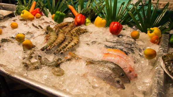 Fisch-Buffet beim KC-Resort am White Sand Beach, Kho Chang