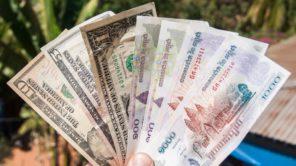 Geld in Kambodscha: US-Dollar und Riel