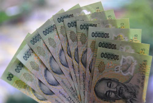 Bild: Geld vom Finanzamt fürs Reisebudget