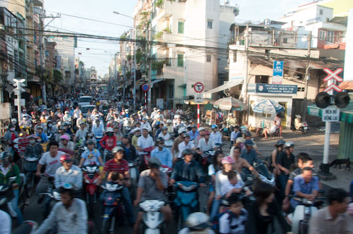 Bild: Mopeds in Vietnam (Saigon)
