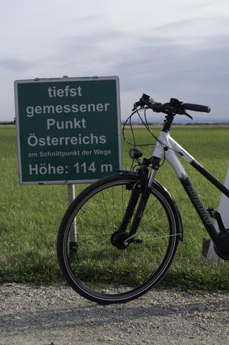 Bild: Tiefster gemessener Punkt Österreichs im Burgenland