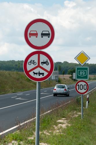Bild: Ungarn - Radfahren verboten