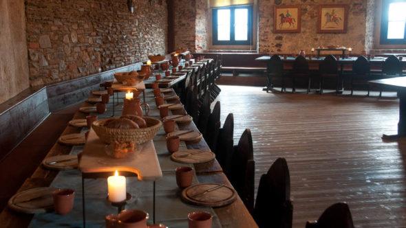 Ritteressen in der Burg Lockenhaus