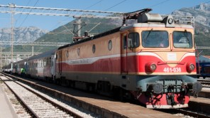 Gebirgsbahn: Mit dem Zug von Belgrad nachBar