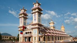 Tay Ninh: Religiöser Nabel des Caodaismus