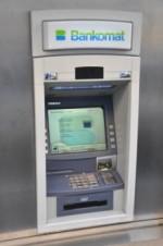 Geld-Check: Bei der Reiseplanung Kreditkarte und Bargeld prüfen