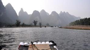 Bamboo! Bamboo! Bambusboot am Fluss LiJang