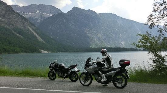 Bild: Motorrad am Plansee