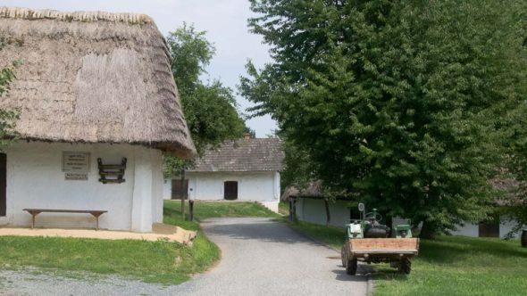 Kellergasse Heiligenbrunn im Burgenland