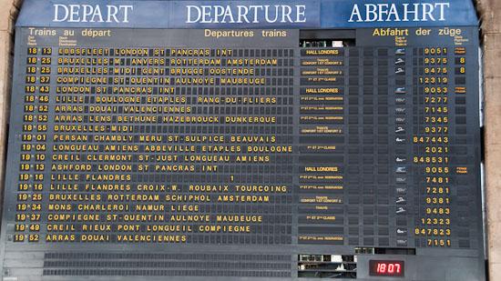 Bild: Gare du Nord - Abfahrtstafel