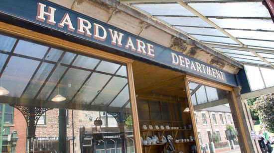 Bild: Hardware Department in Beamish