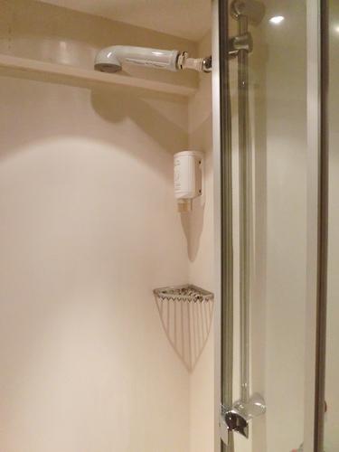 Bild: Dusche im DB CityNightLine