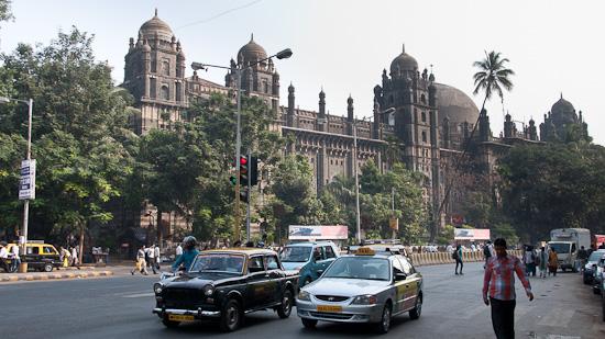 Bild: Straßenszene in Mumbai