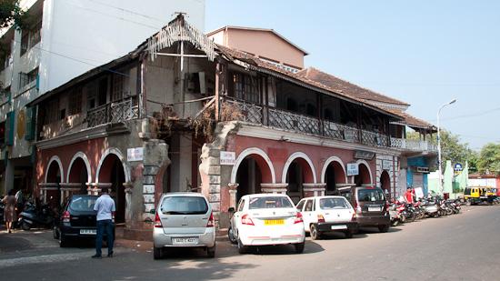 Bild: Abbruchhaus in Panjim