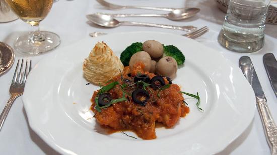 Bild: Essen im Golden Chariot Luxuszug