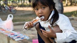 Über 2000 Euro für Kinder in Kambodscha