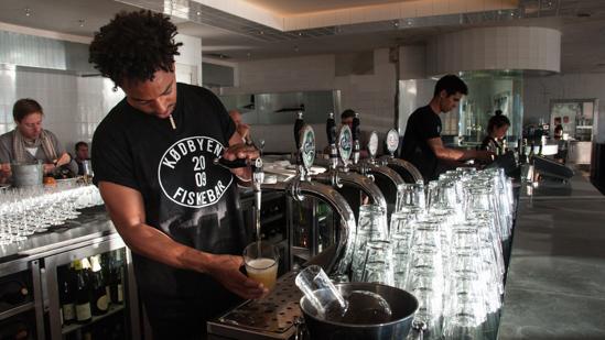 Bild: Bar in der Fiskebaren Kopenhagen