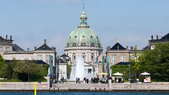 Bild: Schloss Amalienborg und Frederikskirke in Kopenhagen