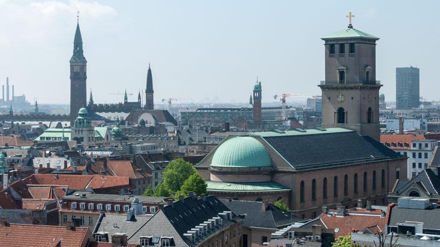 Bild: Rathaus und Frauenkirche in Kopenhagen