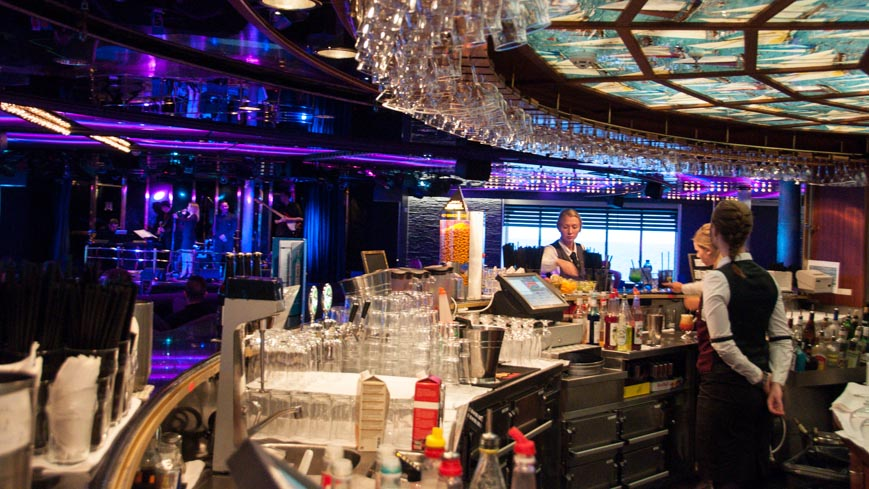 Bild: DFDS Crown - Columbus Bar